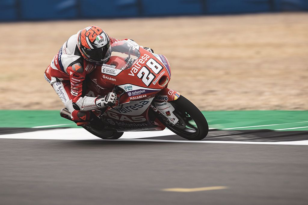 VALRESA GASGAS ASPAR TEAM RIDER IZAN GUEVARA RACED TO AN AWESOME FOURTH PLACE FINISH DURING HIS FIRST EVER GRAND PRIX AT SILVERSTONE